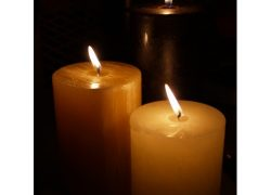 De Laurence Prayer Candles